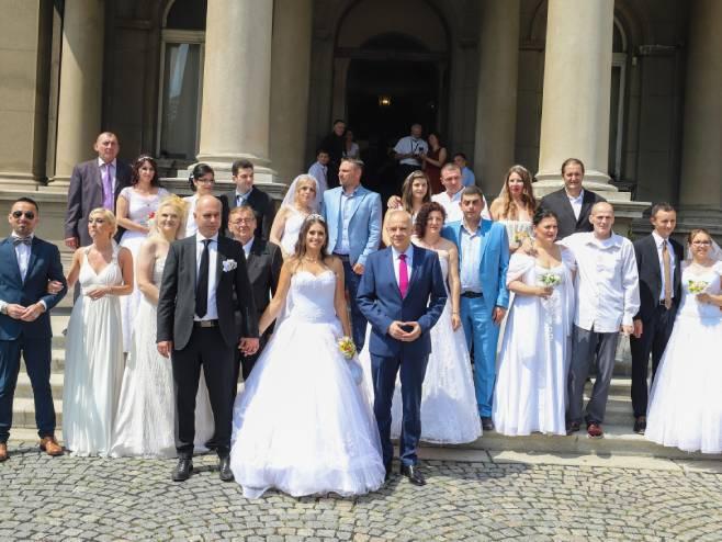 Beograd - održano 22. kolektivno vjenčanje - Foto: SRNA