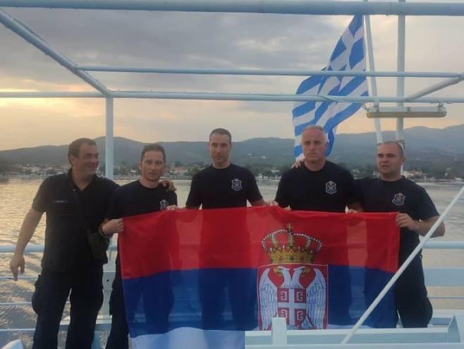 Vatrogasci Srbije se vraćaju iz Grčke (Foto: instagram.com) -