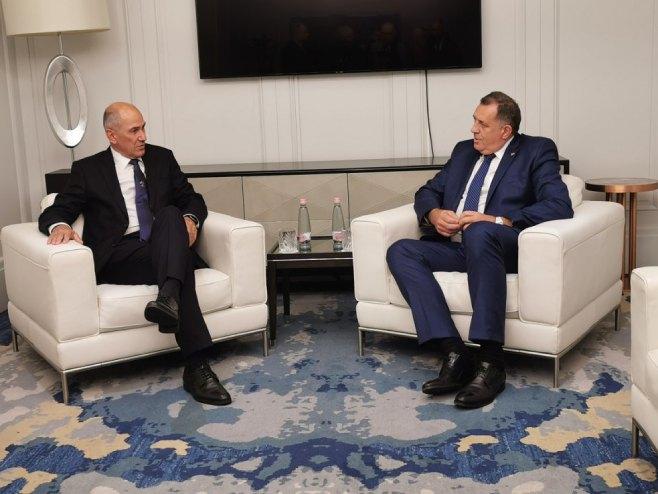Dodik sa Janšom i Orbanom na desničarskom summitu u Budimpešti - Page 2 188443